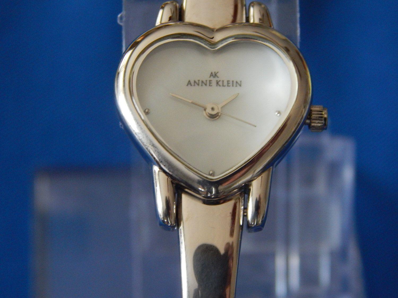 Vintage Anne Klein Quartz Ladies Watch by AlwaysPlanBVintage on Etsy