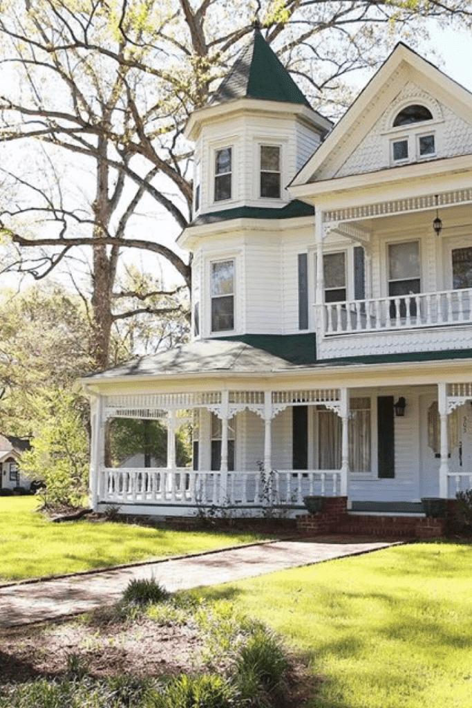 1895 Victorian For Sale In Jasper Alabama Captivating Houses Victorian Homes Exterior Victorian Homes Victorian Farmhouse