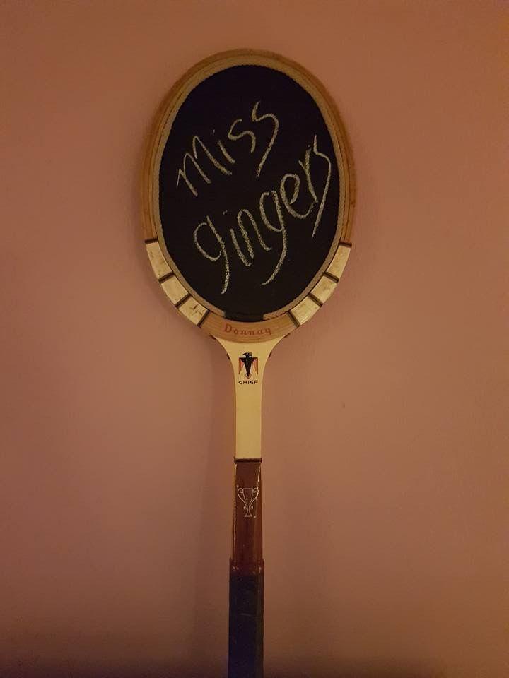 Vintage tennisracket chalk board by Miss Gingers