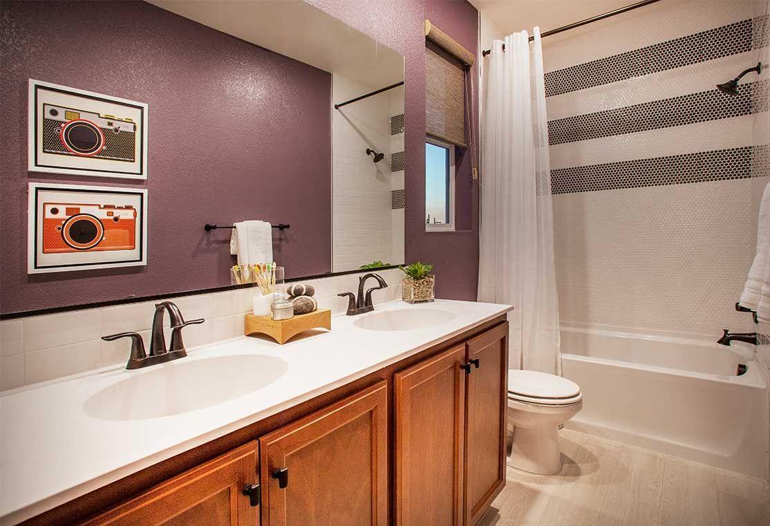 Plan 1 Bathroom | Breakwater by TRI Pointe Homes | River Islands in Lathrop, CA #RiverIslands #RiverIslandsLathrop #RiverIslandsCA #RiverIslandsCommunity #CommunityAtRiverIslands #NorCal #NorCalRealEstate #NorCalLiving #BayAreaHomes #BayAreaRealEstate #NorCalHomes #LakeLife #LakeLifeAtRiverIslands #LakeLifeInspiration #RiverIslandsLife #LifeAtRiverIslands
