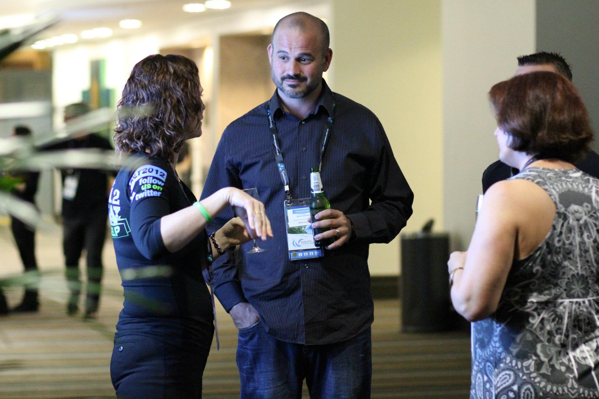 Amanda Hartmann chatting to Jason Gibson