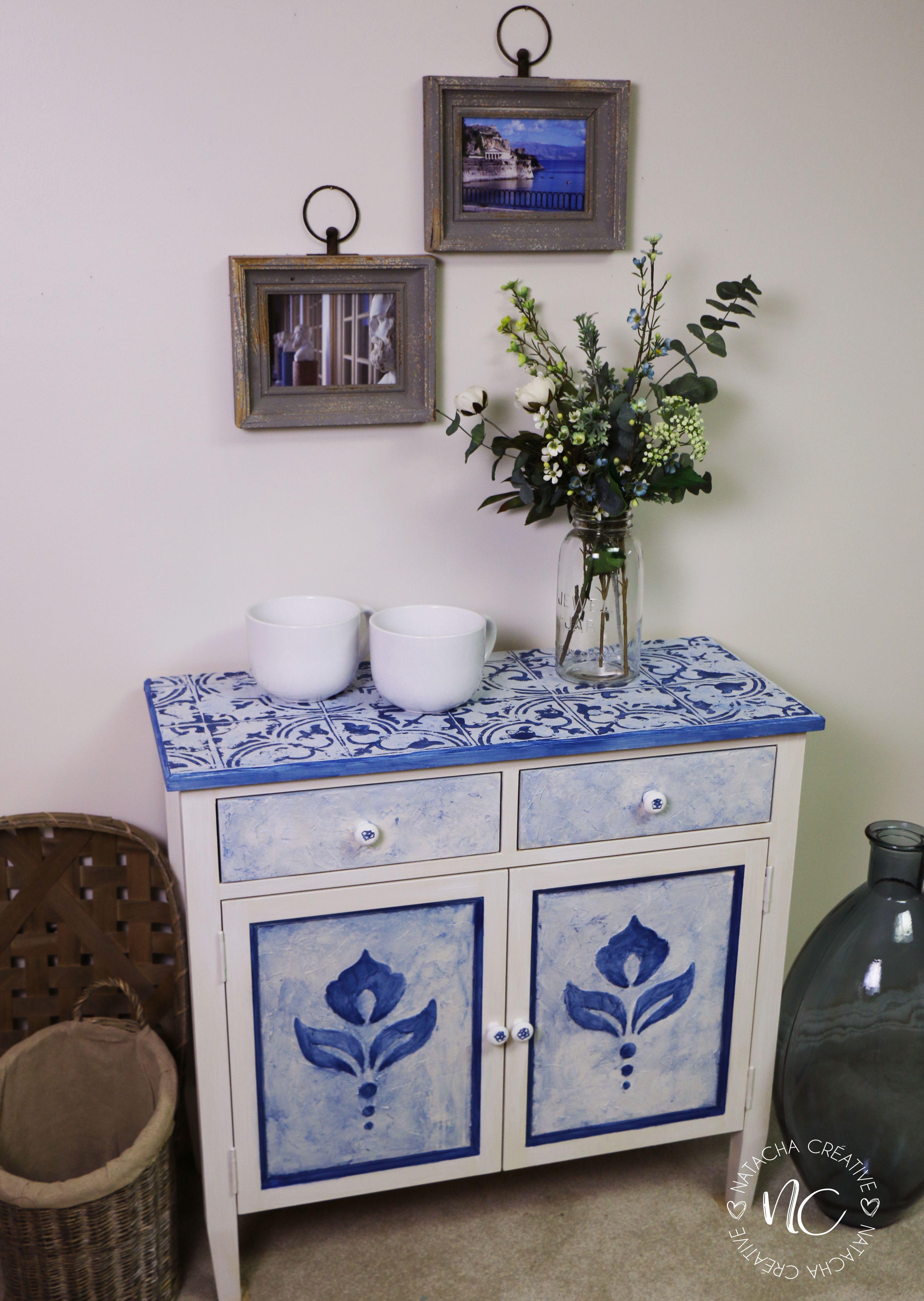 Meuble Peint Avec De La Peinture Colorantic Puis Ajout De Texture Avec Motifs De Pochoir De La Collection Natacha Creative Motifs Decor Home Decor Furniture