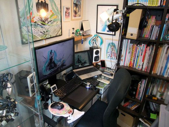 Otaku Rooms The Good The Bad Amp The Cluttered Places