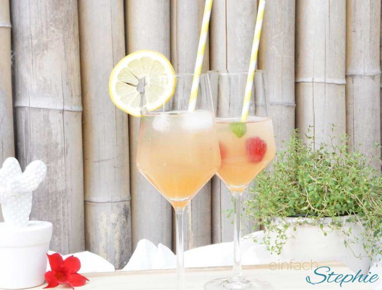 Neuer Sommer Cocktail Fur Liebe Freunde Apero Paradisi Einfach Stephie Rezept Sommer Cocktails Aperitif Getrank Cocktails Mit Sekt