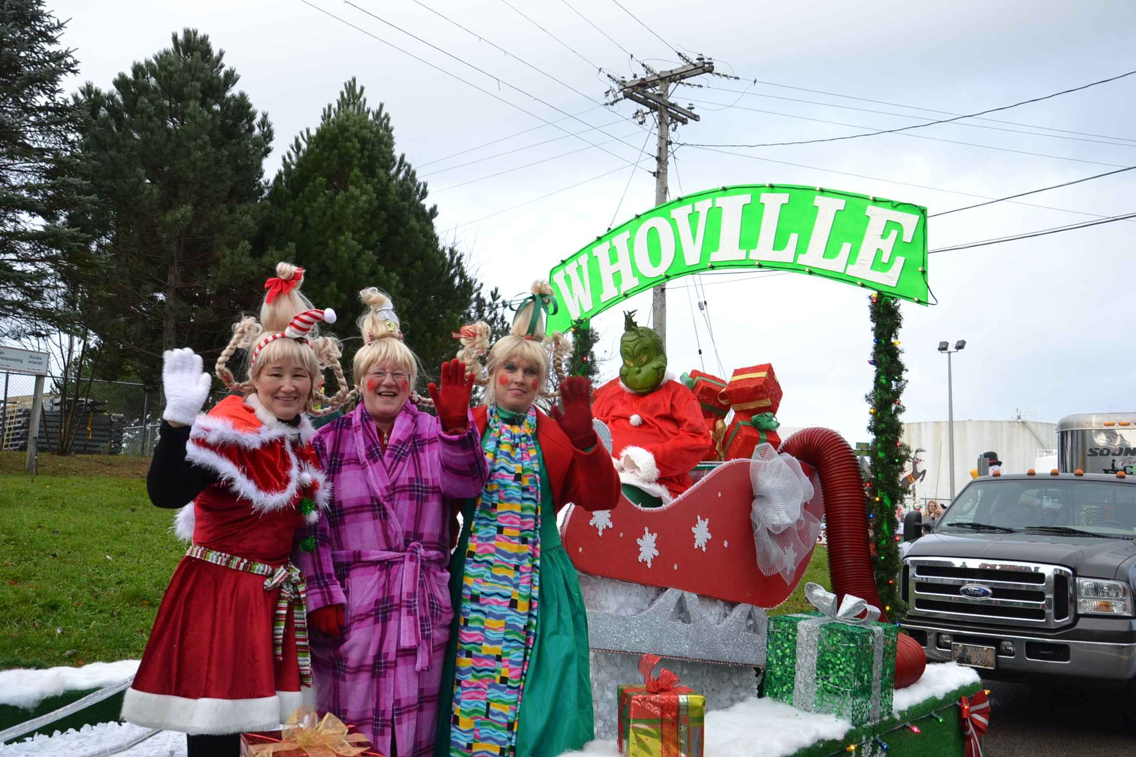 The Grinch Christmas Float Ideas.Christmas Parade Floats Themes Theme For The Meco Float