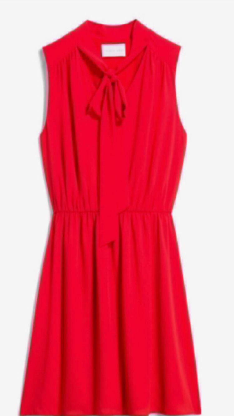 Would like a dress like this in another color seen on stitch fix