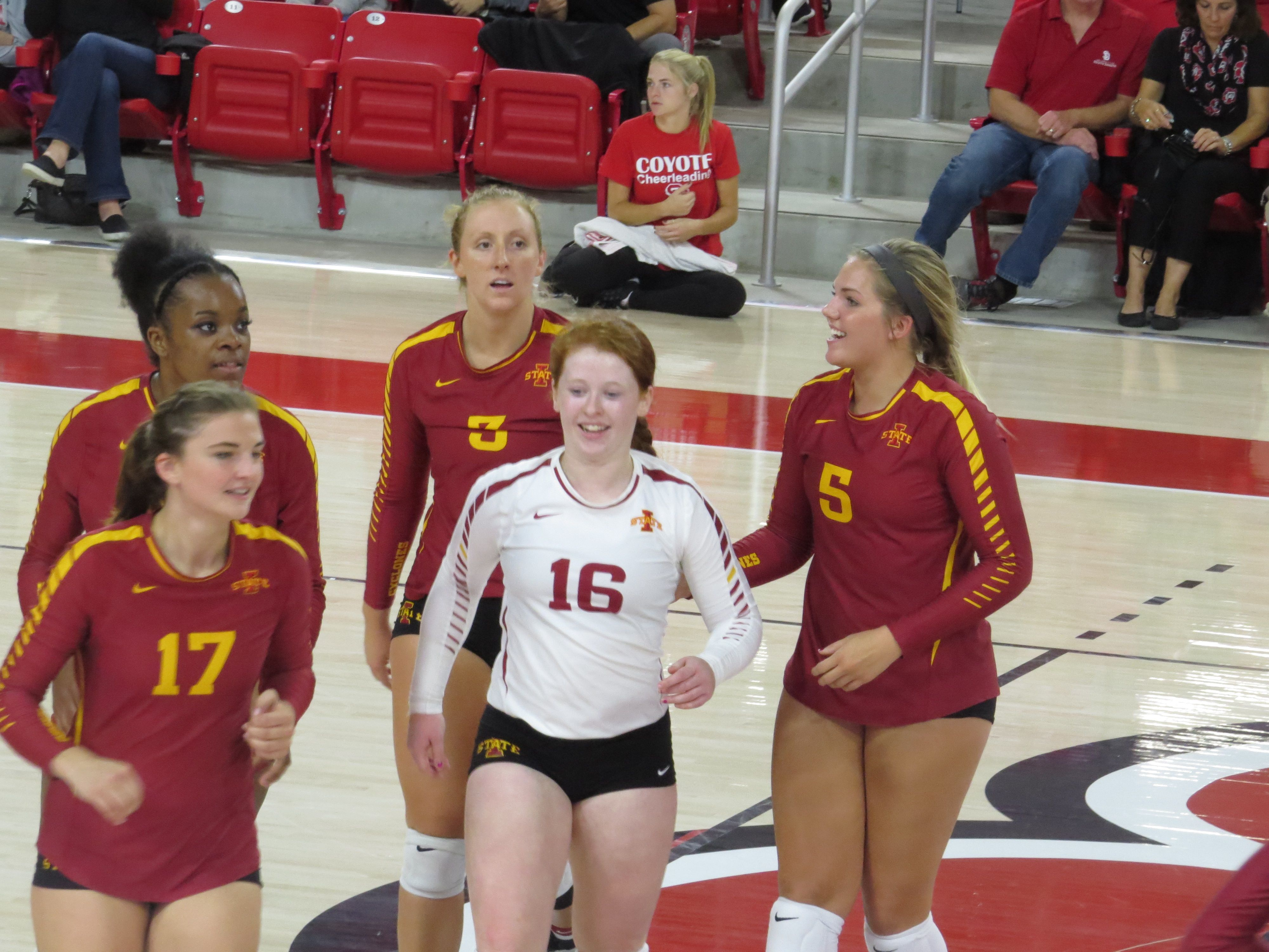 Anna Kiel Iowa State Isu Cyclone Volleyball 11 Isu Cyclones Iowa Iowa State
