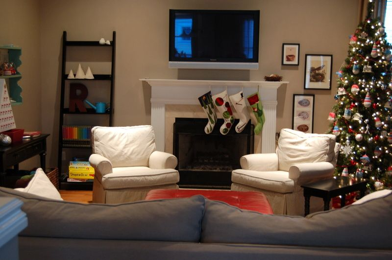Decoration decorating ideas for family room interior for Tv room ideas for families