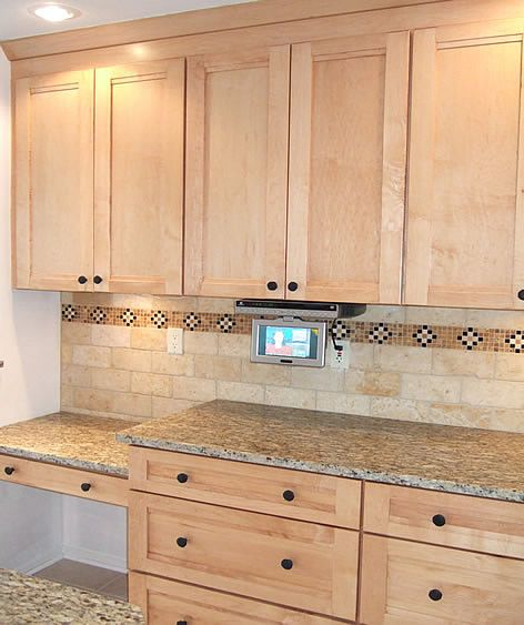 Saint Cecelia Granite. Love The Subway Tile Backsplash And Inlay Tile