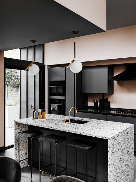 Design inspo: Beautiful black kitchens #interiordesignkitchen