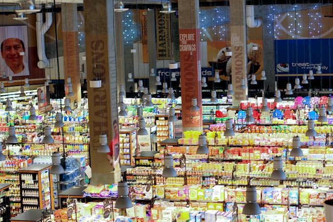 the art of grocery shopping.  Harmons City Creek