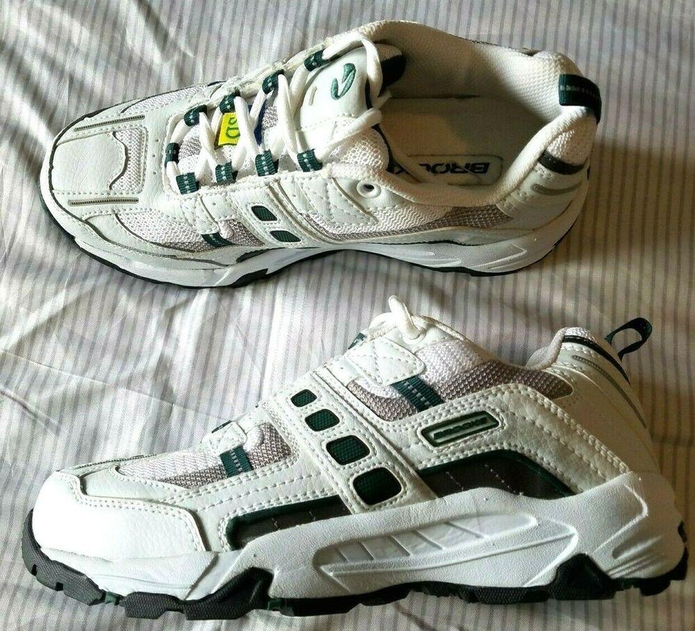 NEW Brooks men steel toe sneakers