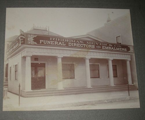 1890 S Riedeman Meyers Co Funeral Diredtors And Embalmers Taken By Vincent On 308 South Spring St Los Angeles Califor Funeral Home Funeral Home Photo