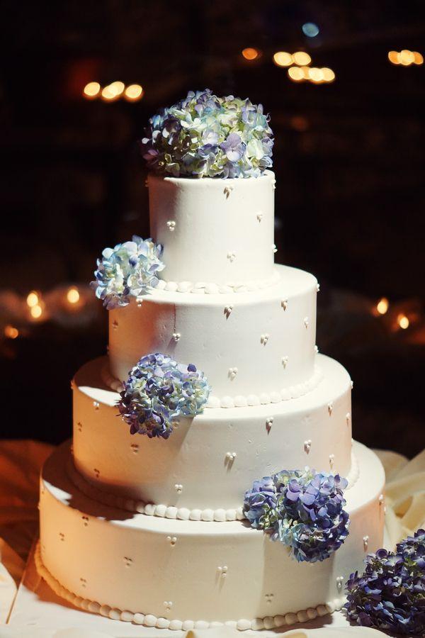 冬季仙境婚礼由Heyn摄影通过社会新娘