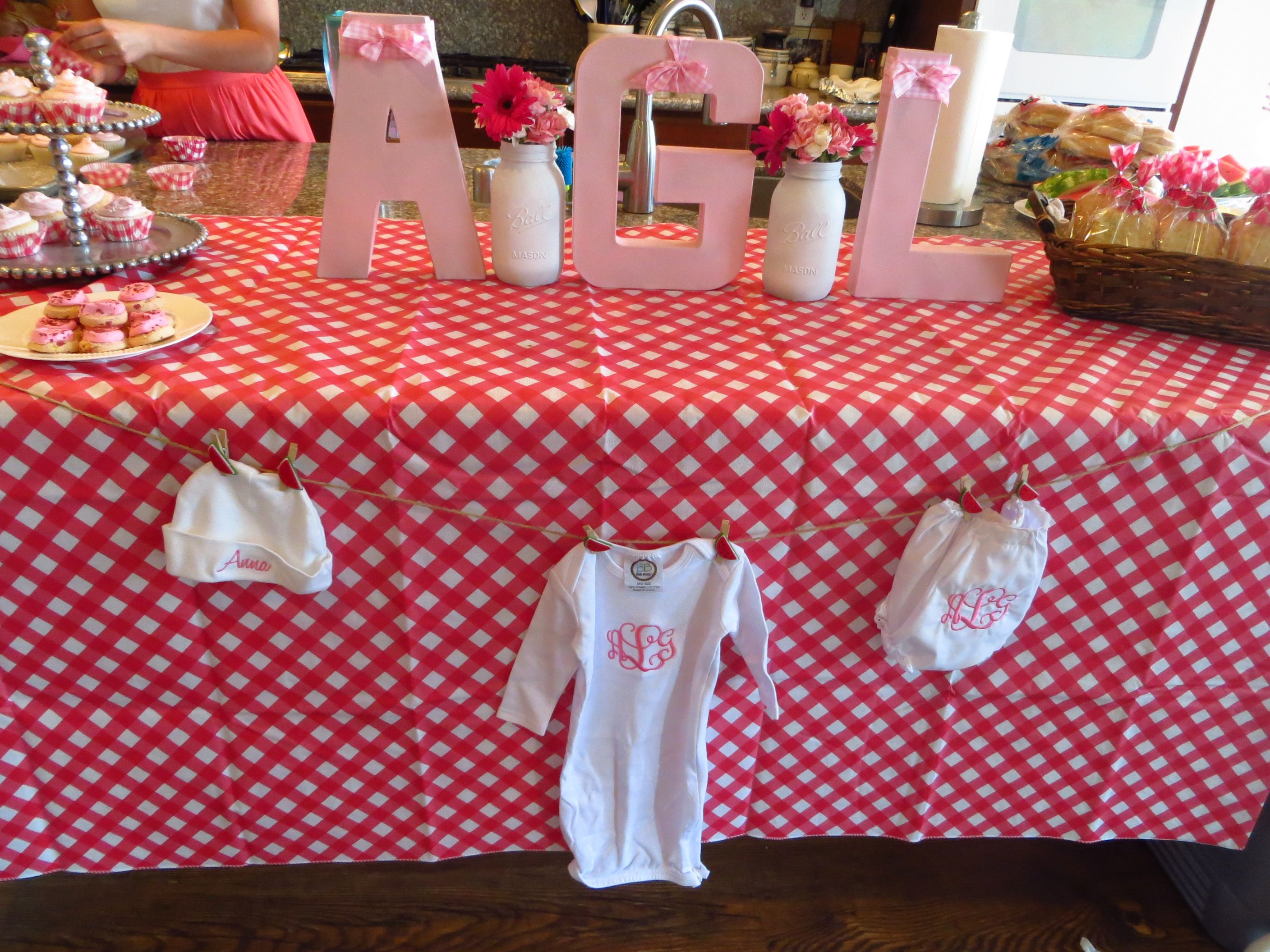 Ba-By-Q Shower {Co-Ed Barbecue Themed Baby Shower} -