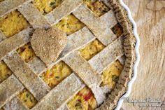 Torta Integral de Frango {Receitas do Bem}, essa belezura fará o seu almoço ou o jantar mais feliz. Clique na imagem para ver a receita no blog Manga com Pimenta.
