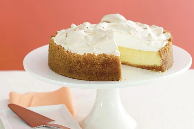 Lemon meringue cheesecake #lemonmeringuecheesecake Lemon meringue cheesecake #lemonmeringuecheesecake