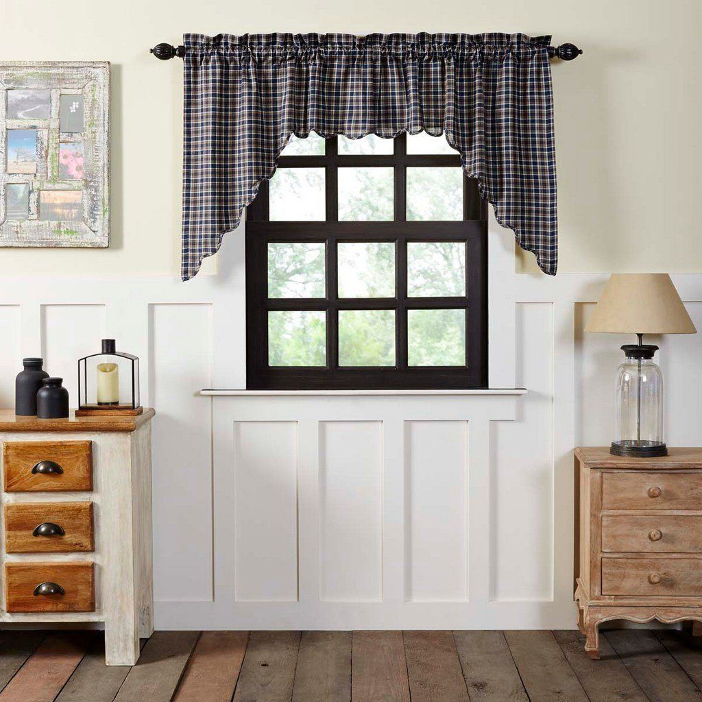 Scalloped Lined Swag Curtains