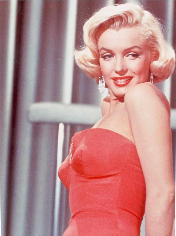 Marilyn Monroe Red Dress - Blog fashionable woman: Marilyn monroe ...