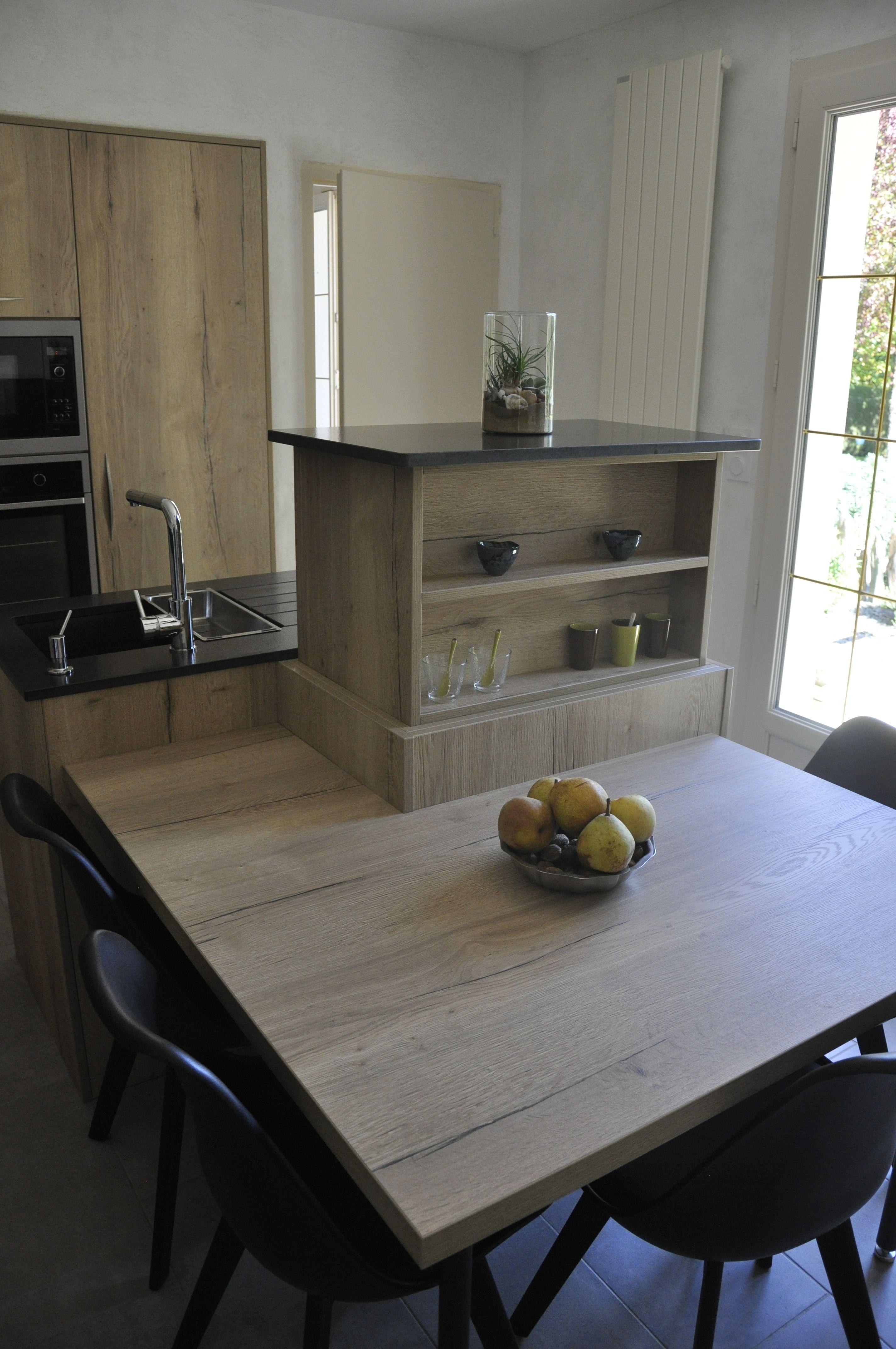 Hotte Sortant Du Plan De Travail cuisine avec meuble sortant du plan de travail | meuble