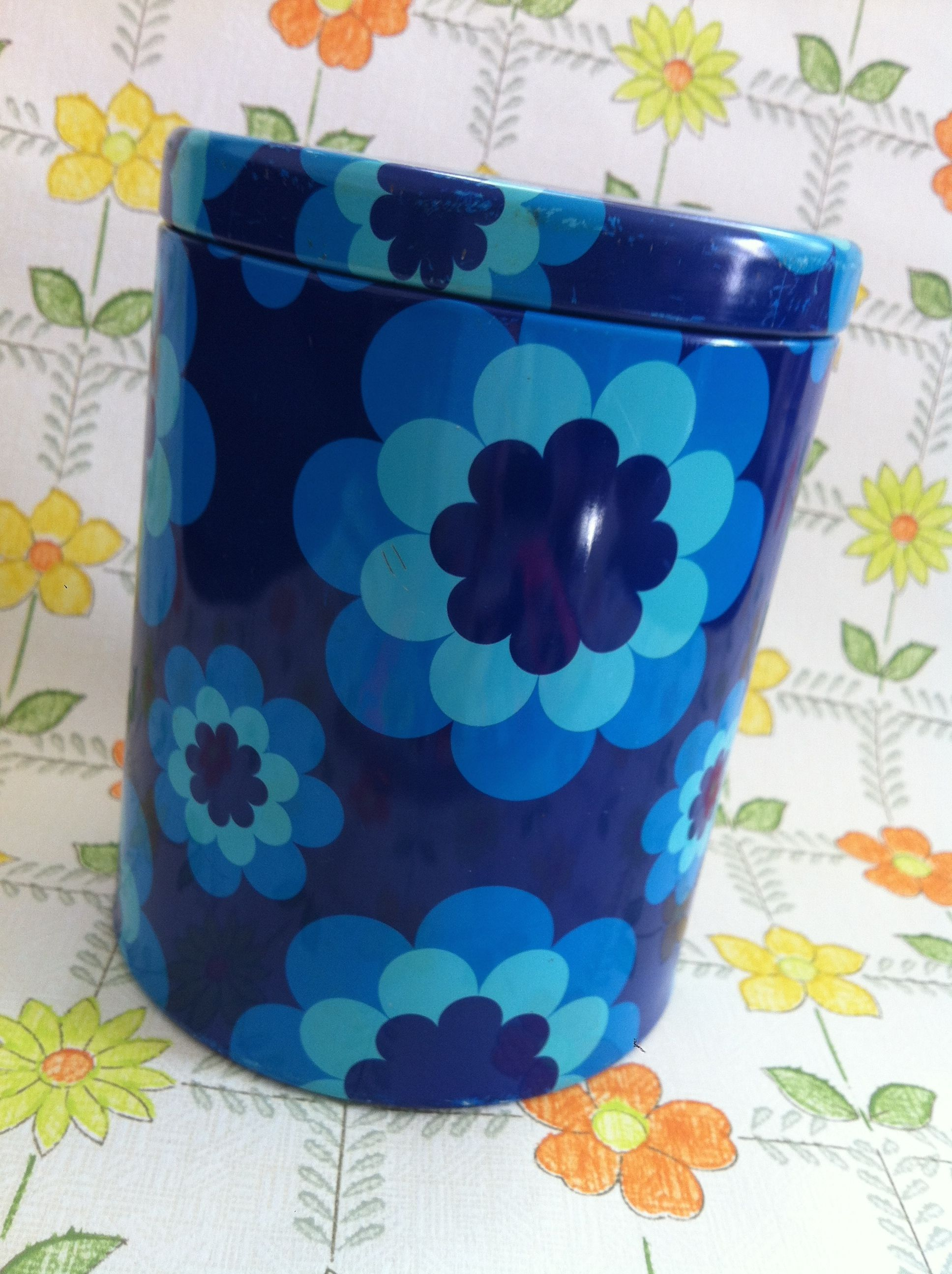 blue flowers vintage kitchen accessories pinterest vintage