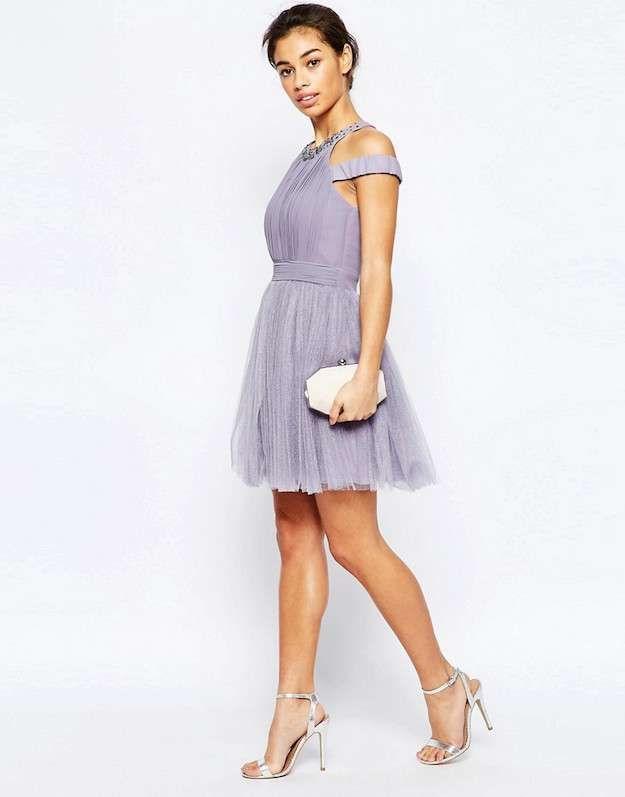 Zapatos para un vestido de fiesta lila