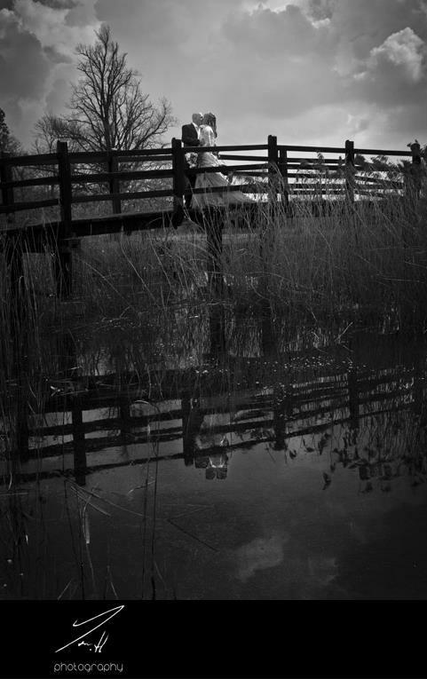 Bridge lake location - country  wedding photography – country garden wedding photography - tom halliday photography - uk wedding photography - landscape photography - night time photography – sky photography – kiss photography