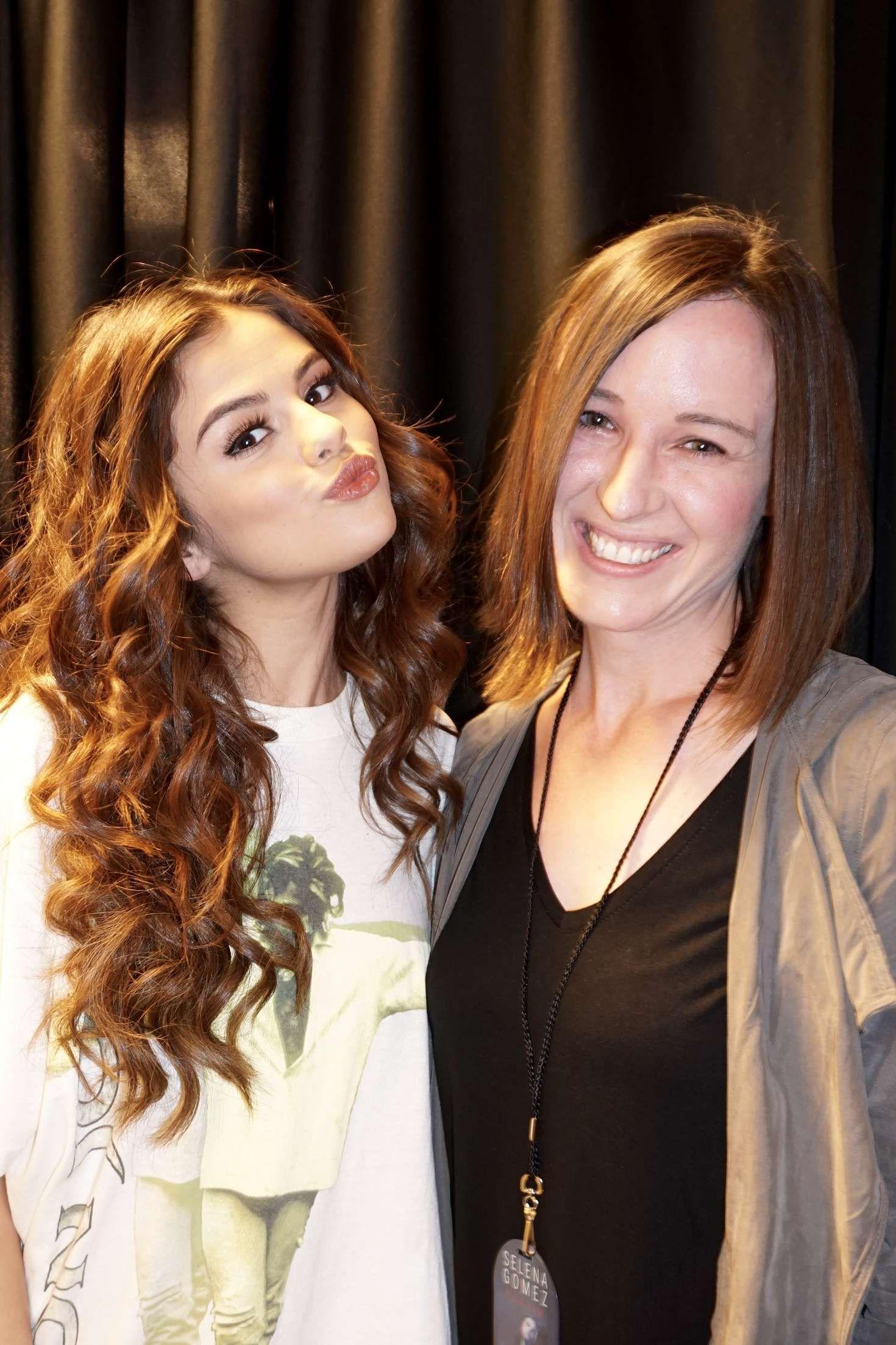 Selena Gomez Revival Tour Meet And Greet Selena Marie Gomez