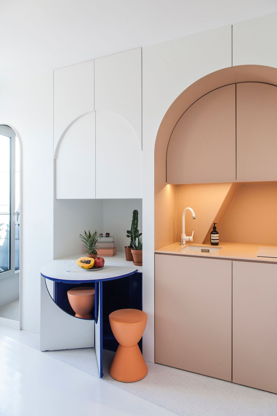 11m² Micro Apartment in Paris by Batiik Studio | Pinterest ...