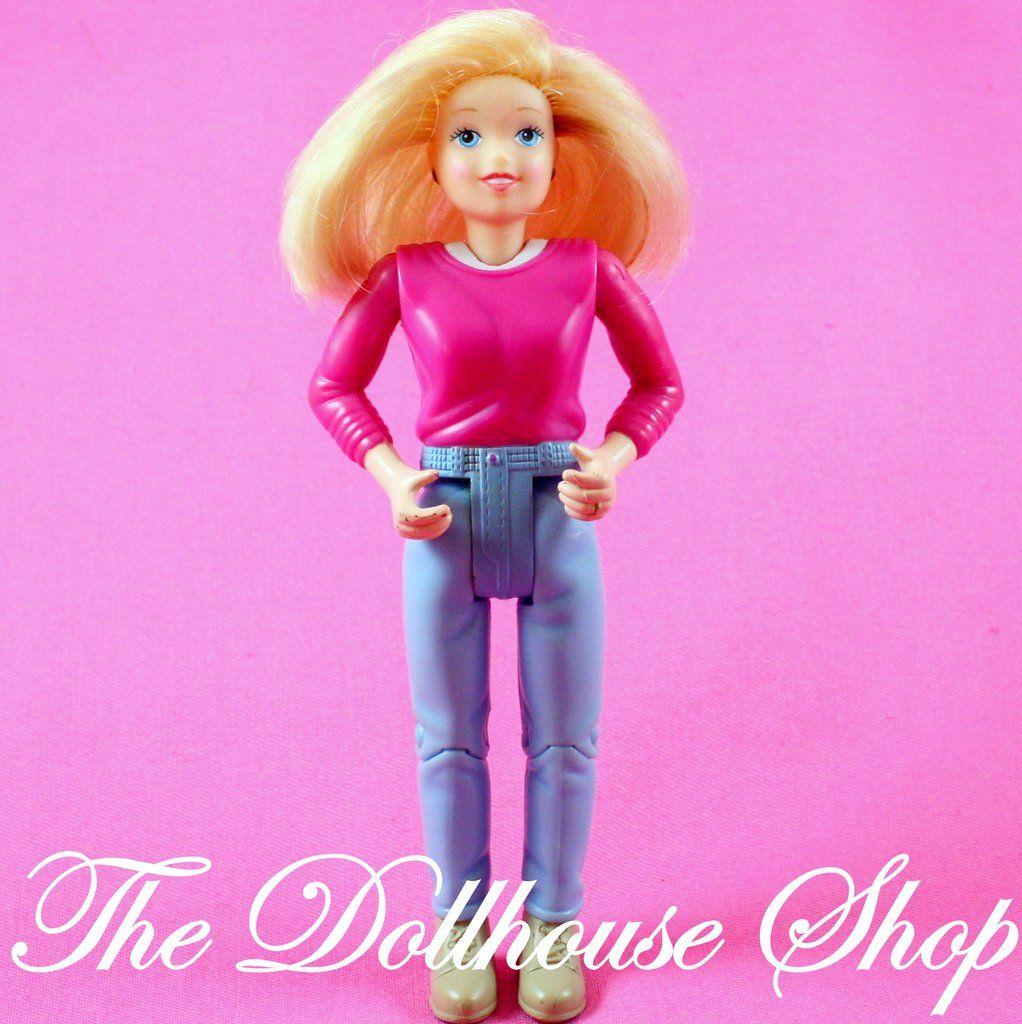 Doll house mom moms