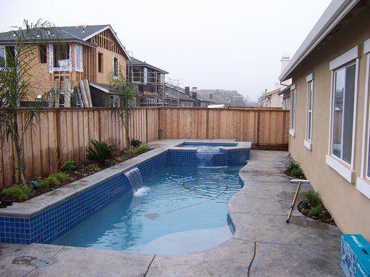 Small, corner pool with planter Small pool design, Pools
