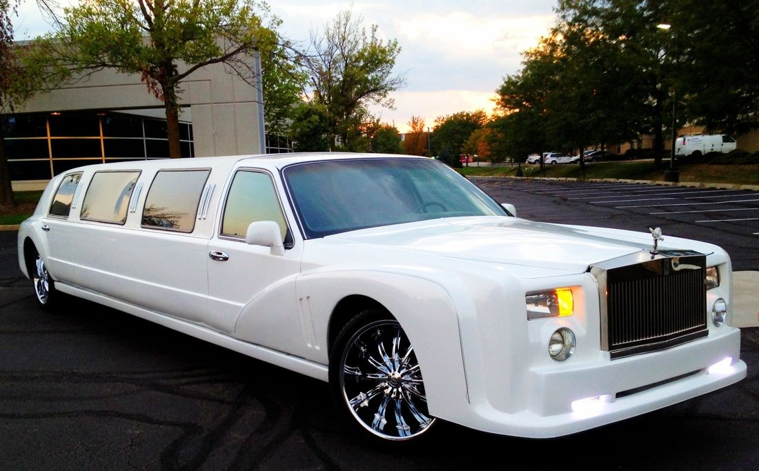 Five Concrete Causes To Reserve A Limo For Wedding Transfers Wedding Limo Limo Wedding Limo Service