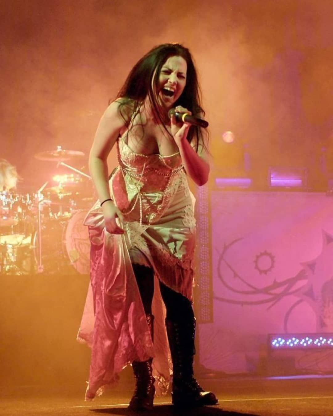 Pin On Amy Lee