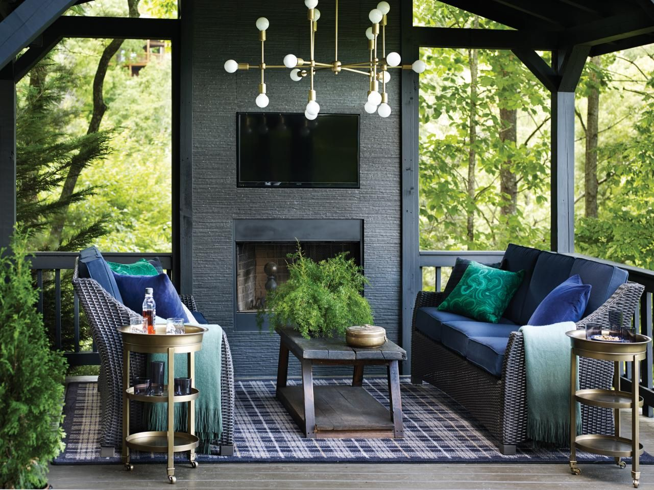 Fall Color Report: 10 Trending Fall Colors You Need To Try From HGTV OMG!