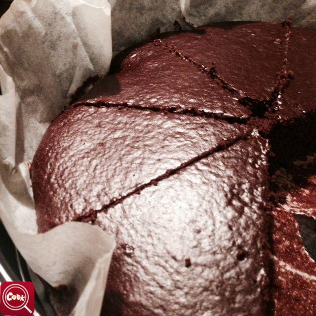 """""""Torta al cioccolato light"""" di clarissarega, scopri la #ricetta su www.cooktogether.it e scarica l' #app http://goo.gl/jeBeZO #BuonAPPetito"""