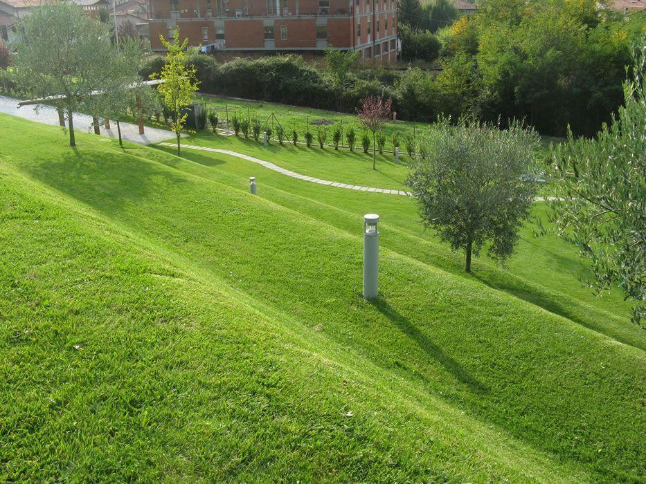 semer gazon et pelouse en pente la teste landscape pinterest pelouse gazon et semer gazon. Black Bedroom Furniture Sets. Home Design Ideas