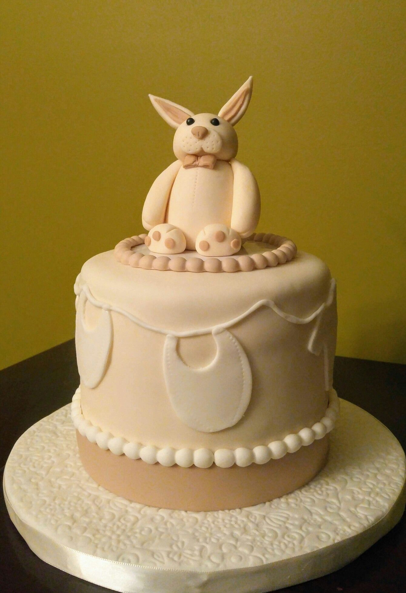 Gender neutral baby shower cake Neutral baby shower