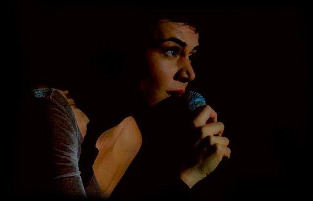"""vídeo com a composição de pedro luís e roberta sá, """"tá?"""", na voz de marina aydar... >>> betomelodia - música e arte brasileira: Tá?,  Marina Aydar"""