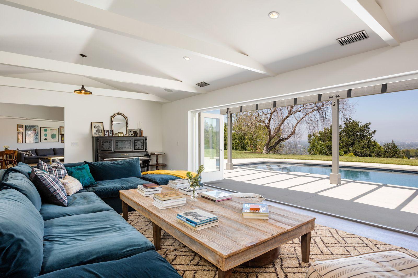 Rachel Bilson And Hayden Christensen Have Sold Their Hidden San Fernando Valley Home Home Home Decor Rachel Bilson