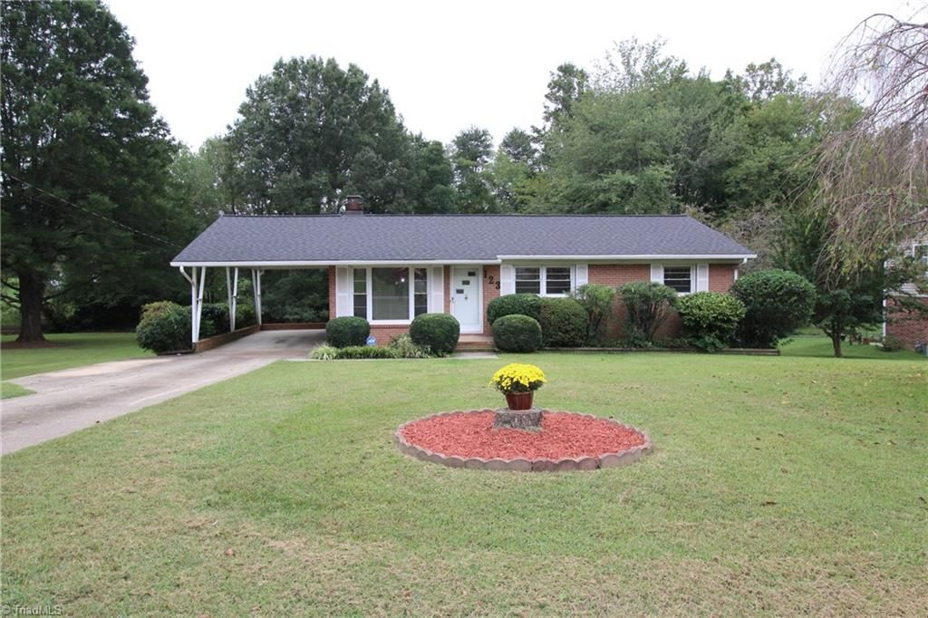 Are you looking for a ranch home with a basement? Look no