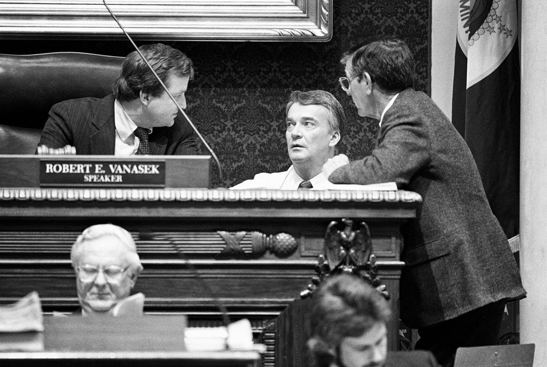 Speaker The House Robert Vanasek Confers Reps Nelson And Mceachern Floor