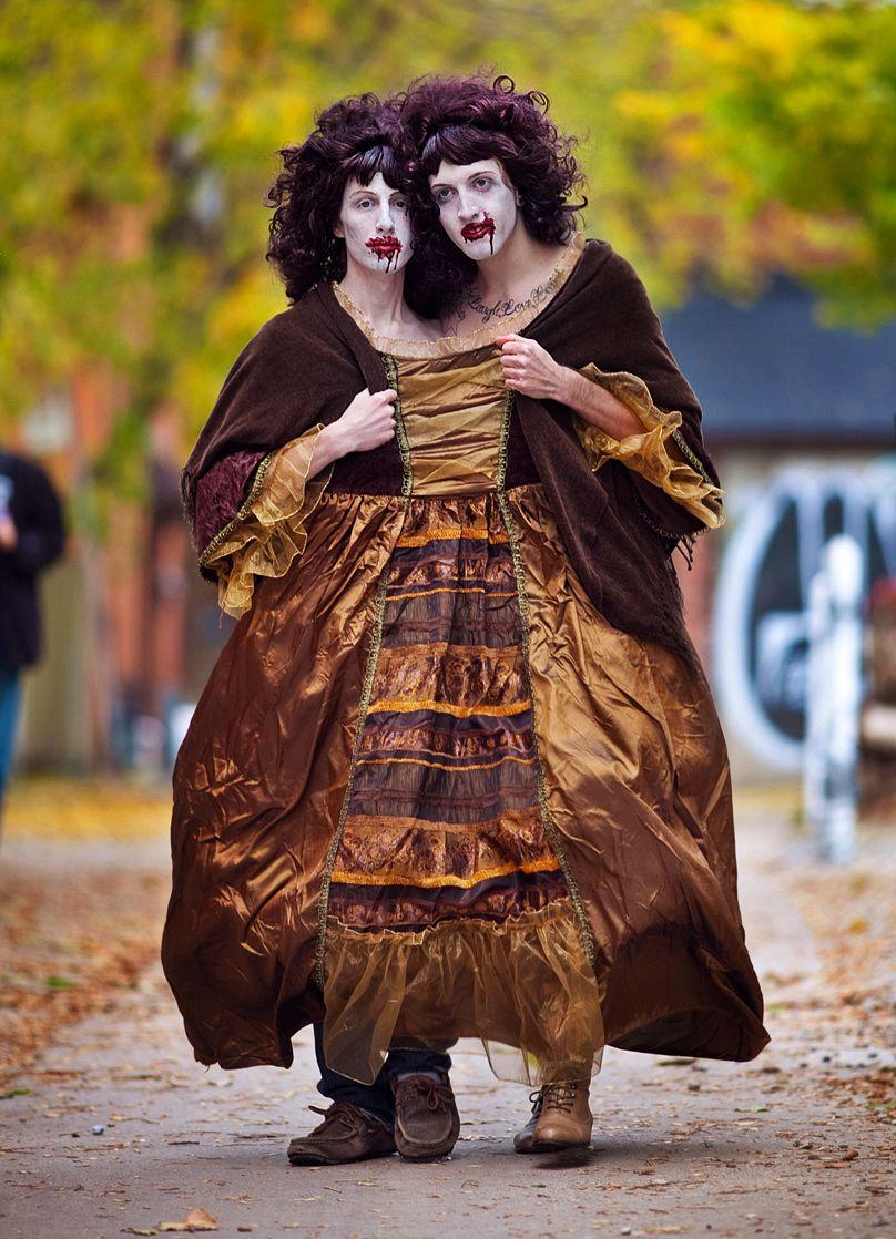 Zombie Twins Creepy Halloween Costumes