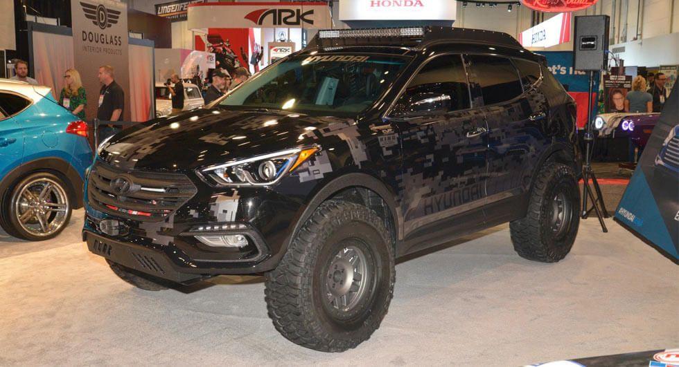 Rockstar Energy Hyundai Santa Fe Sport Looks Like A Battle Car