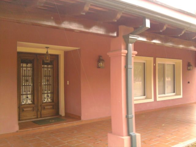 Casa de campo villa jardin i techos arquitetura casas for Casas de campo interiores