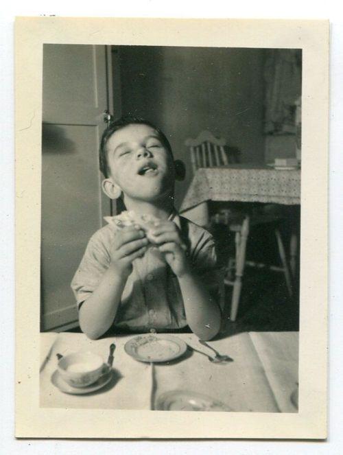 Sooo Good!..still love that good old P& J sandwich..... we r all kids at heart!!