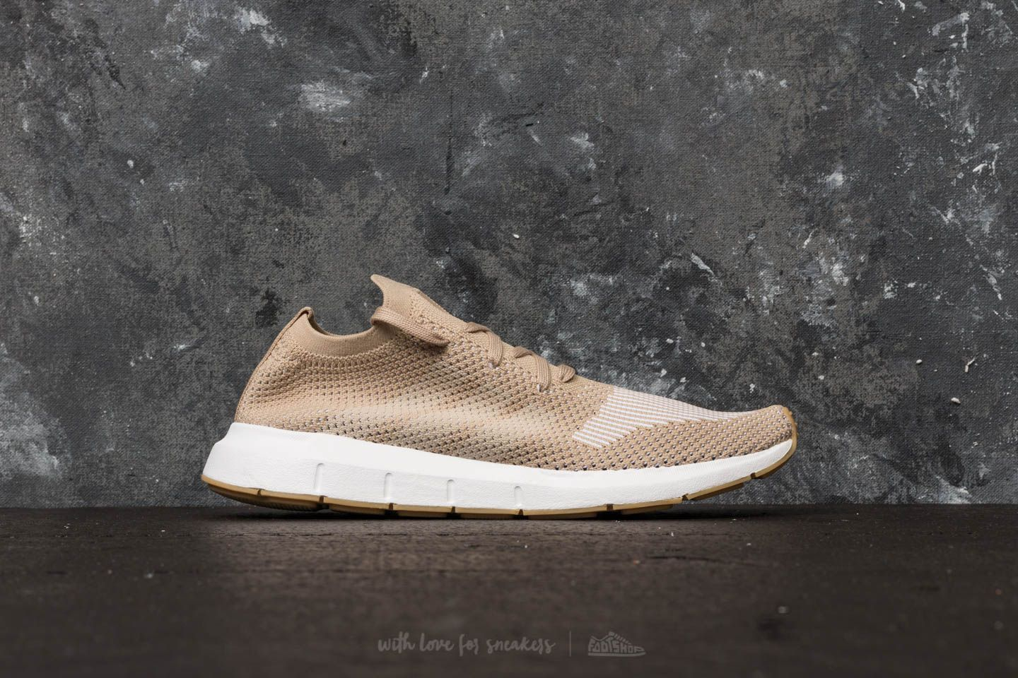 46398dd08 adidas Swift Run Primeknit Raw Gold  Off White  Ftw White  fashion  shoes   shoesaddict  schuhe  design  boots  runningshoes  sneakers  footwear  foot  ...