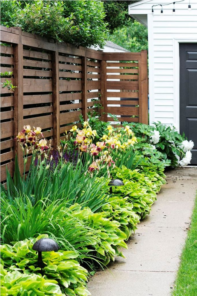 Exterior Best Backyard Landscaping Ideas With Raised Beds Also Arizona Backyard Landsc Side Yard Landscaping Cheap Landscaping Ideas Privacy Fence Landscaping