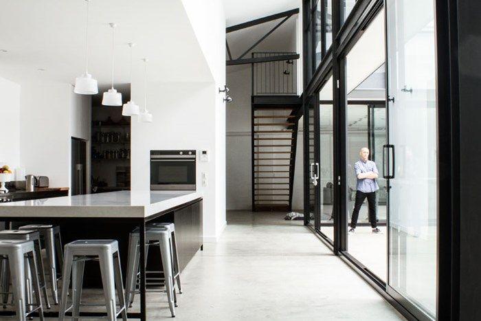 Mark-Lizotte-London-Grey-Kitchen (10)