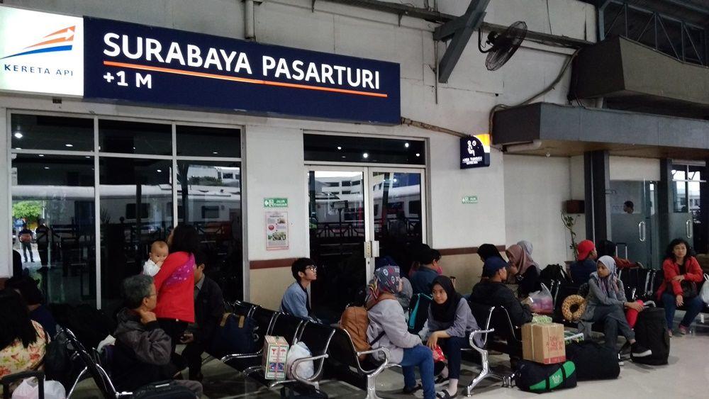 Pengalaman menggunakan KA Harina dan KA Gumarang Eksekutif Surabaya – Tegal