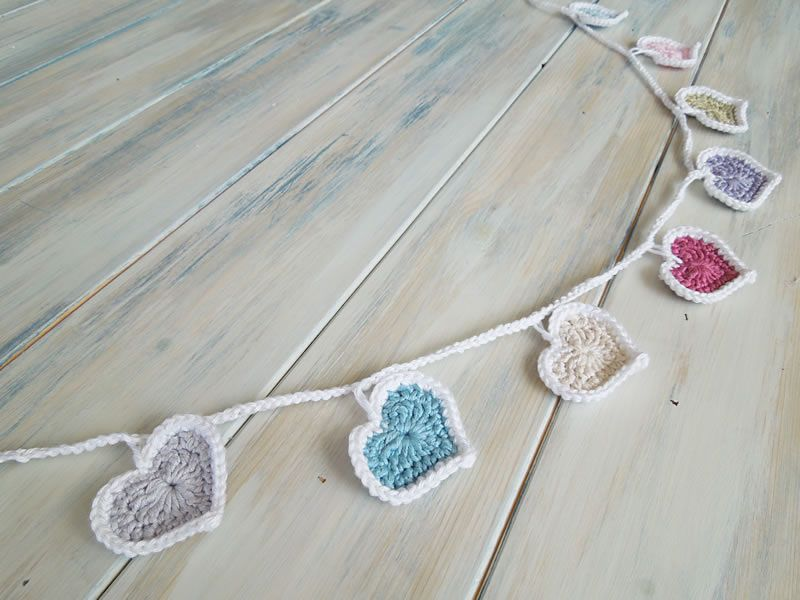 Ravelry: Heart Bunting pattern by HappyBerry | Wedding | Pinterest